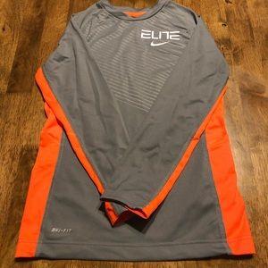 EUC Boys Nike Elite DriFIT Long Sleeve YS